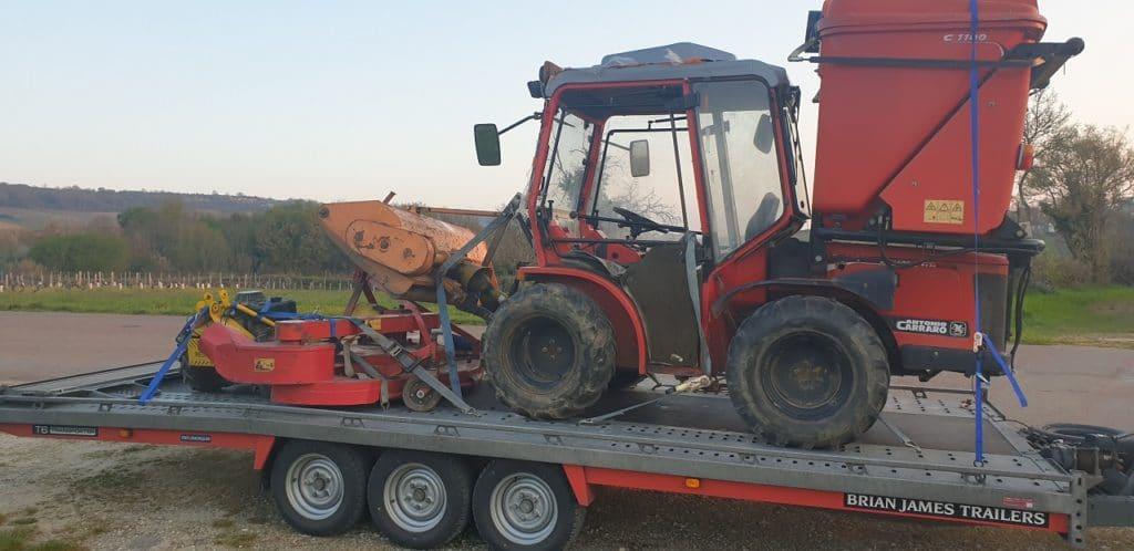 Retour d'un tracteur tondeuse à Maurecourt dans les Yvelines